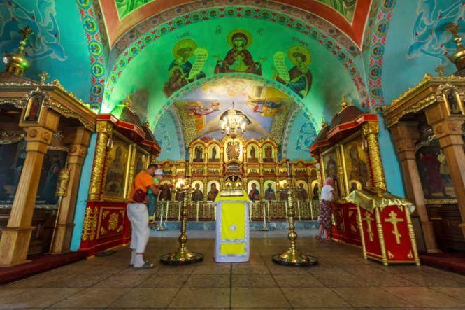 263002086-iconostasi-astrachan-cattedrale-della-dormizione-di-maria-icona