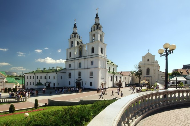 38-cathedral-of-the-holy-spirit-in-minsk-16-1444052266
